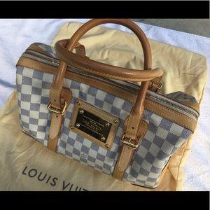 LV Berkeley purse in Creme & Blue damier azur